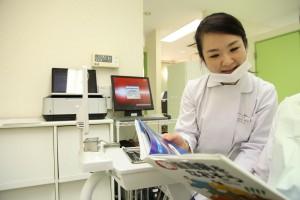 白金高輪の歯医者姫歯科室再診の様子