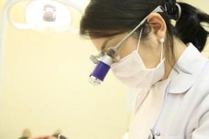 白金高輪の歯医者姫歯科室診療の様子